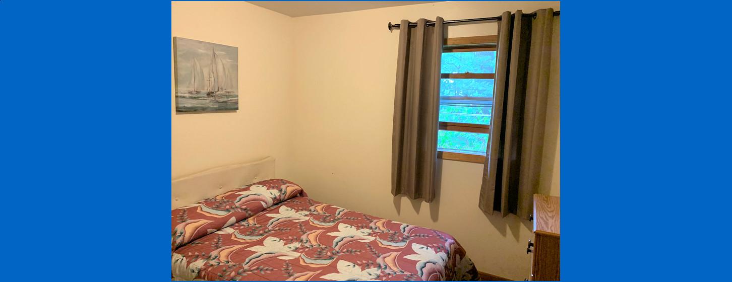 3 Bedroom Cabin Room 3